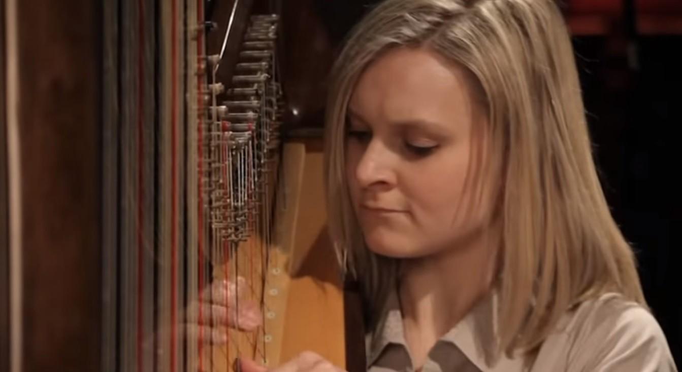 Video Amour Harp Harpist West Sussex