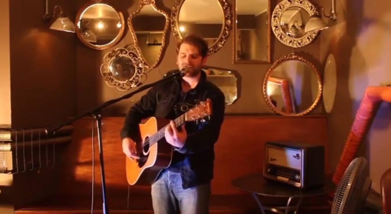 Chris Acoustic | Solo Singer/Guitarist Shropshire | Alive