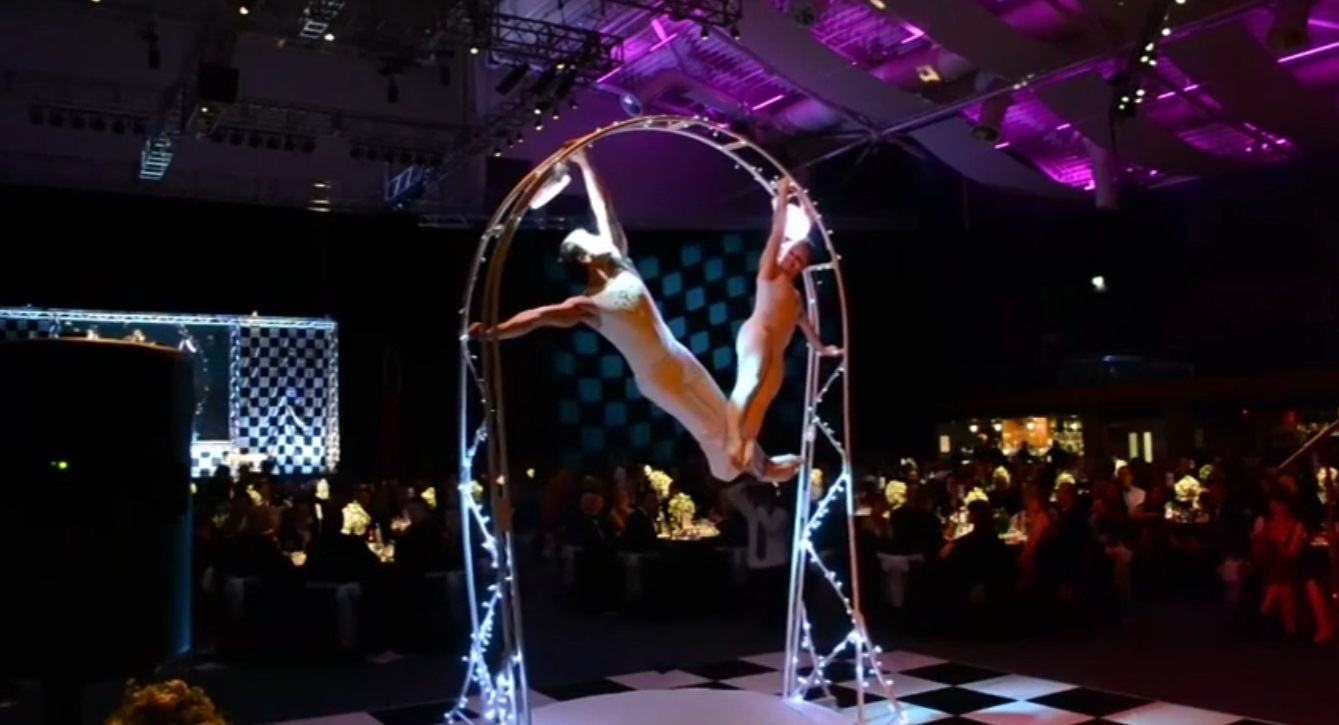 Video The Revolving Aerialists Circus Performer London