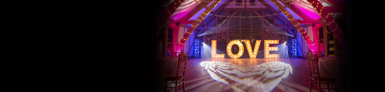 booking a wedding dj