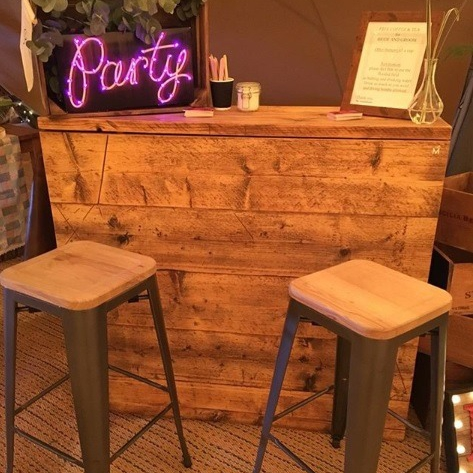 The Rustic Wooden Bar Mobile Bar Derbyshire
