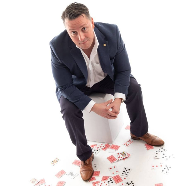 Martin Scarborough Magician Hertfordshire