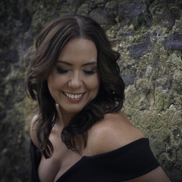 Justine | Soprano Singer Surrey | Alive Network