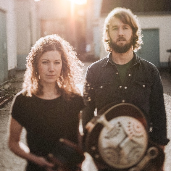 Dave And Freya Acoustic Folk Duo Devon