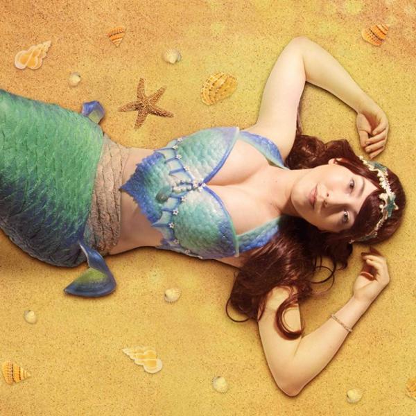 Magical Mermaids Circus Performer Nottinghamshire