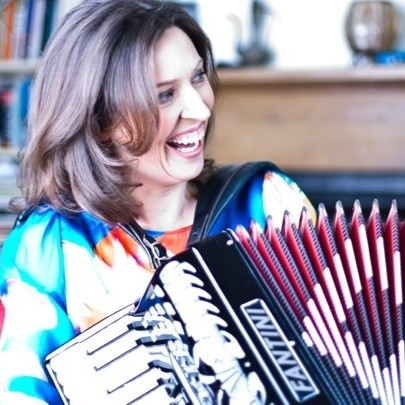 Accordionist Cailin Accordionist London