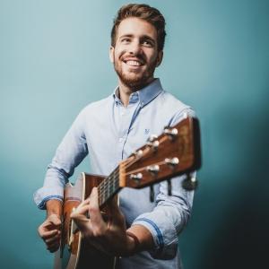 Marcello Michael Solo Singer-Guitarist Gloucestershire
