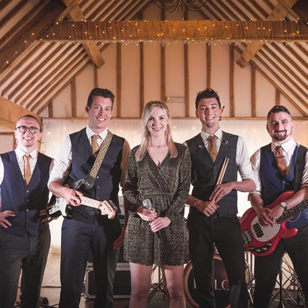 AURA Function Band Essex