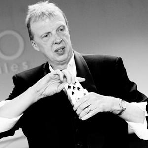 Bernie Magician Derbyshire