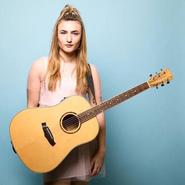 Bethany Amelia Singer-Guitarist Essex