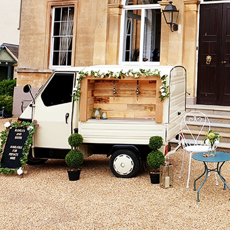 Bubbles And Beers Mobile Bar West Midlands