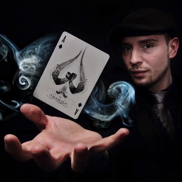 Sam De Vere Magician Cheshire