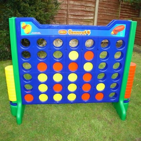 Giant Games Giant Games & Garden Games Cambridgeshire