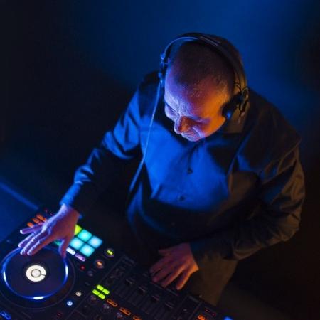 DJ Ian David Wedding DJ Hampshire
