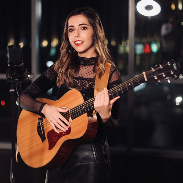 Ellen Louise Singer Guitarist Shropshire
