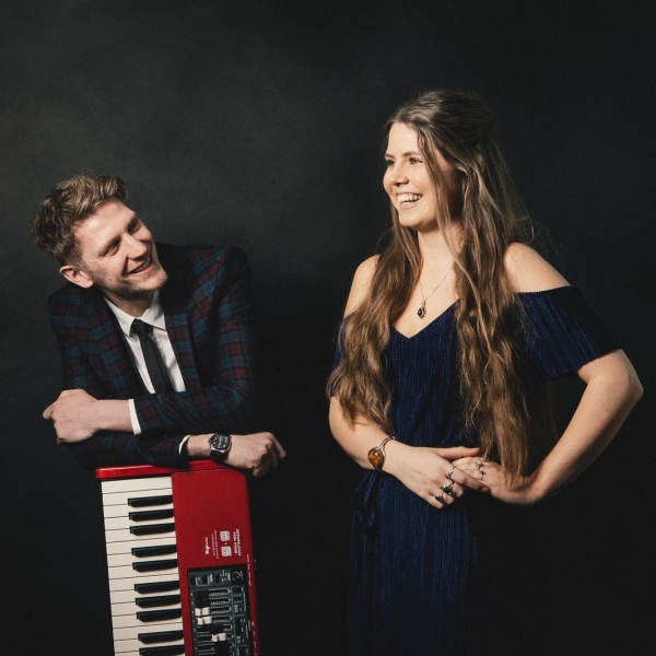 Evelyn And The Vipers Live Virtual Duo performing Pop, Soul and Jazz Songs Bristol