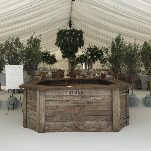 The Rustic Hexagon Bar Bar Hire Derbyshire