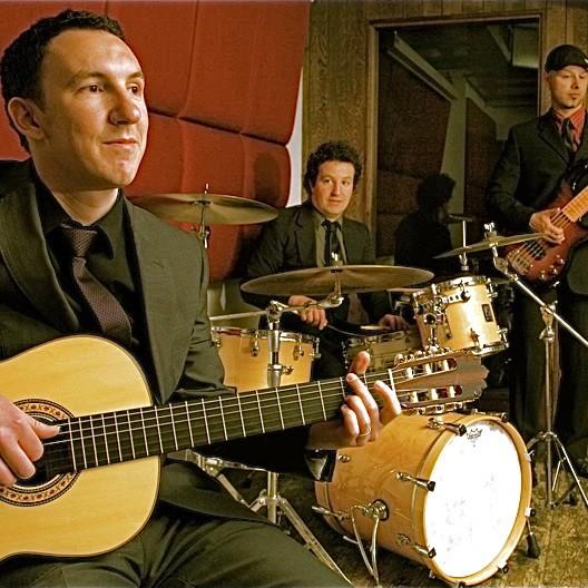 Grupo Latino Latin, Salsa or Cuban Band Hertfordshire
