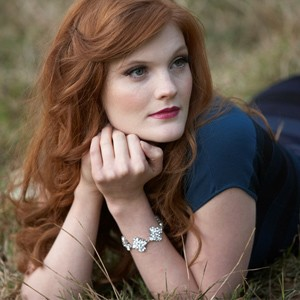Hayley Louise Solo Classical Soprano Singer Surrey