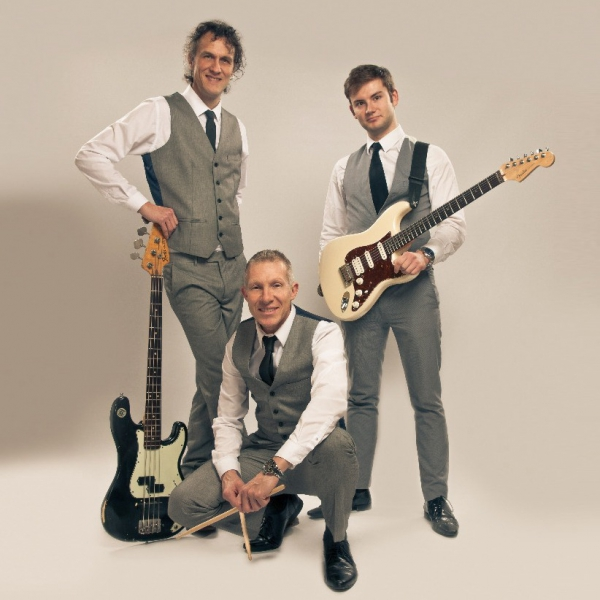 The Hi-Fi Club Rock and Pop/ Indie Trio West Yorkshire