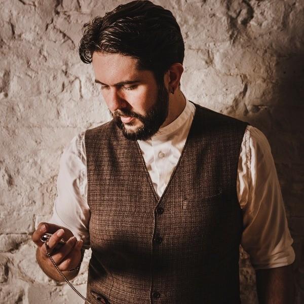 Andrew John Close Up Magician Durham