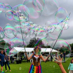 Bubbleologist Street Performer Leicestershire