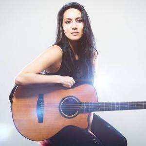 Jade Solo Singer/Guitarist Merseyside