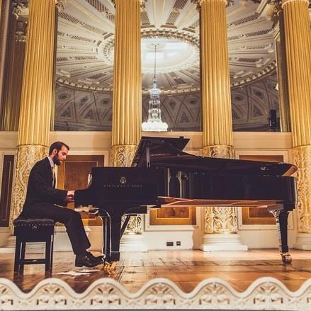 Cameron G Pianist Derbyshire