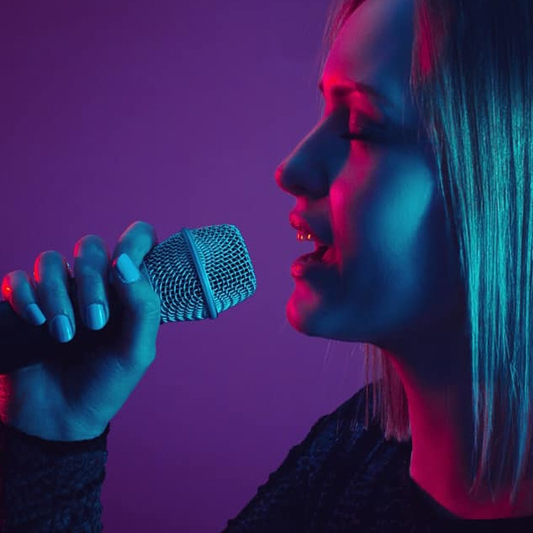Jessie Rose Solo Singer With Tracks Northamptonshire