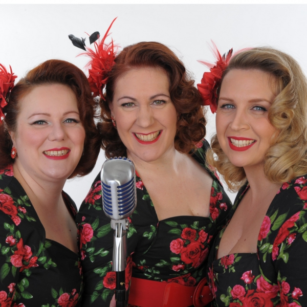 Champagne Belles Vocal Harmony Trio Berkshire