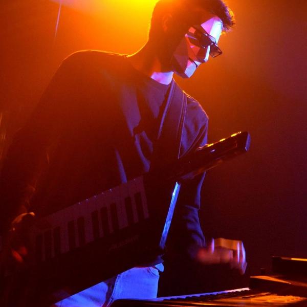 V3 Unique Electronic Party Band Surrey
