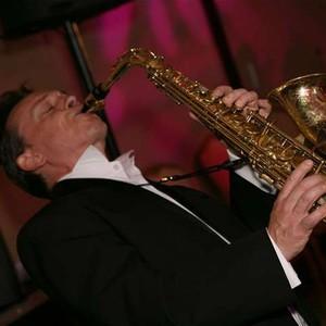 Luv The Sax Saxophonist London