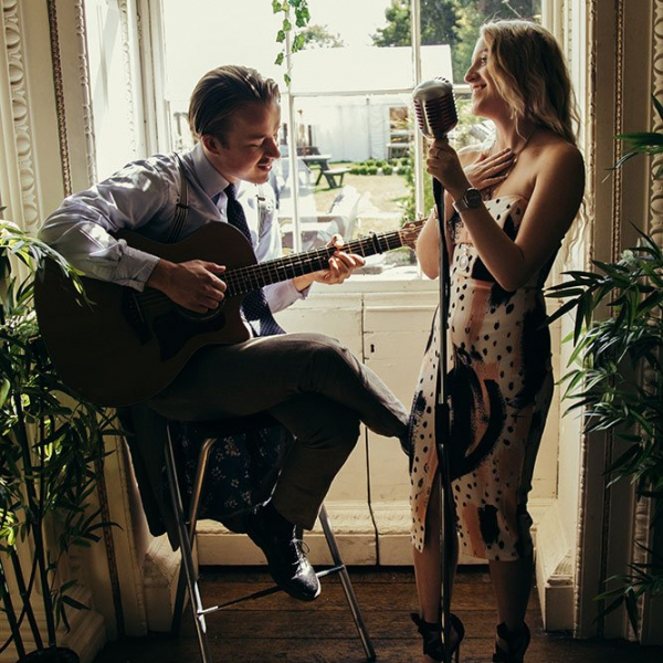 M And R Acoustic Duo East Sussex