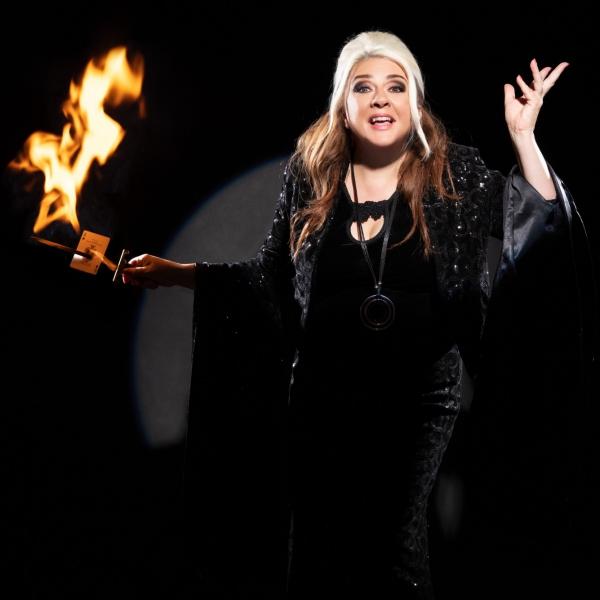 Mandy Muden Magician London