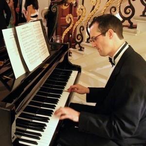 Matt Holmes Pianist Suffolk