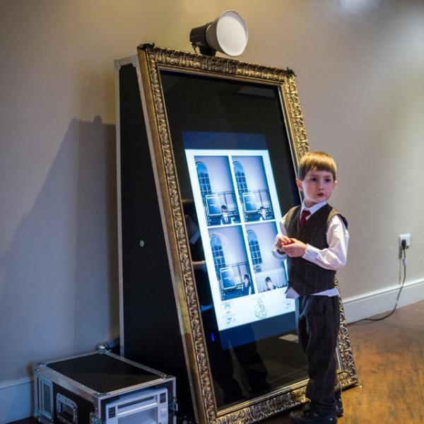Premier Events Magic Selfie Mirror Selfie Mirror Leicestershire
