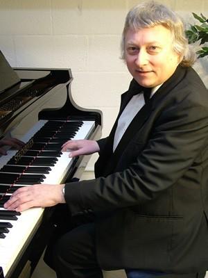 Paul Jones Pianist Montgomery