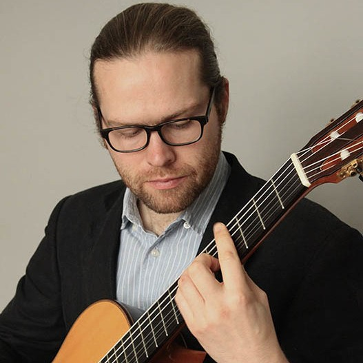 Stephen Thomas Classical Guitarist Vale of Glamorgan