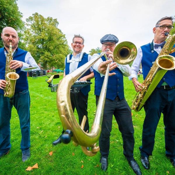 The Hot Horns  Nottinghamshire