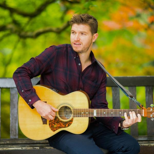 Harry Benjamin Solo Singer/ Guitarist Dorset