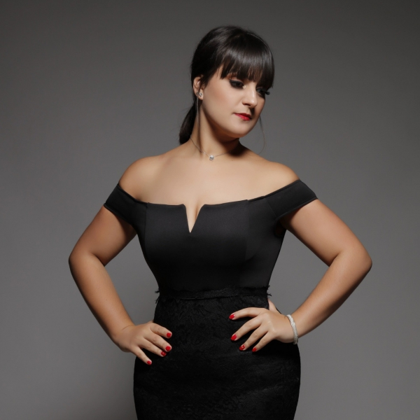 Tereese Classical-Crossover Singer London