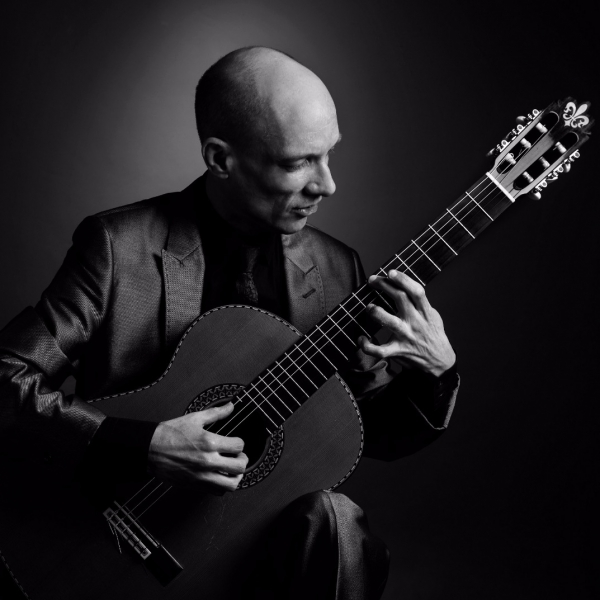 Stephen Paul Classical Guitarist Hertfordshire