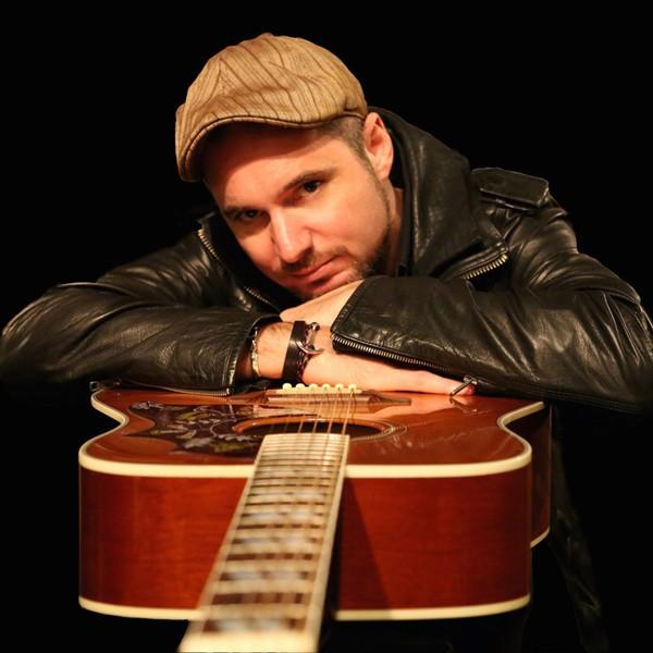 Steve Young Solo Singer/ Guitarist Hertfordshire