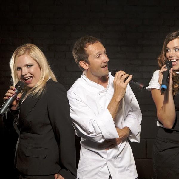 Superstar Waiters Singing Waiters Surrey