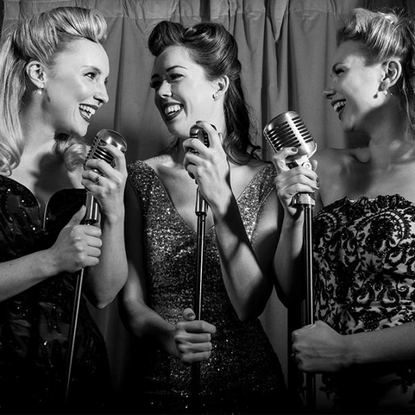 The Girls Vintage Vocal Trio Hertfordshire