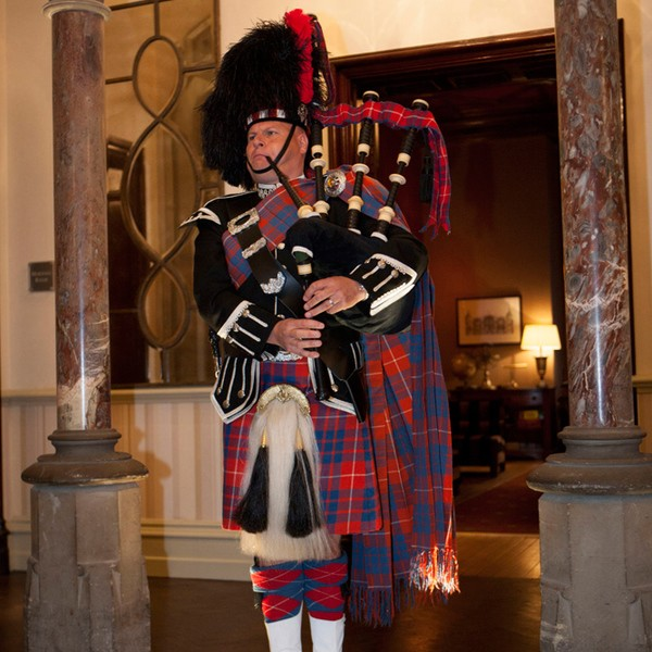 The Scottish Piper | Bagpipe Player Durham | Alive Network