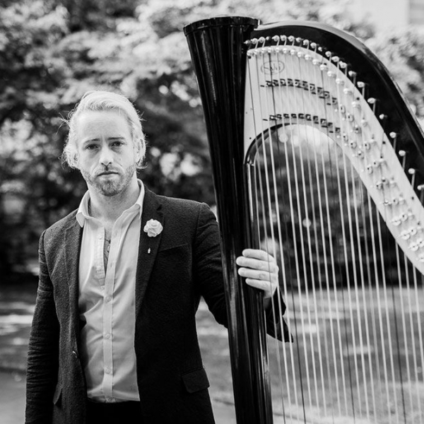 Thomas (Harpist)  London