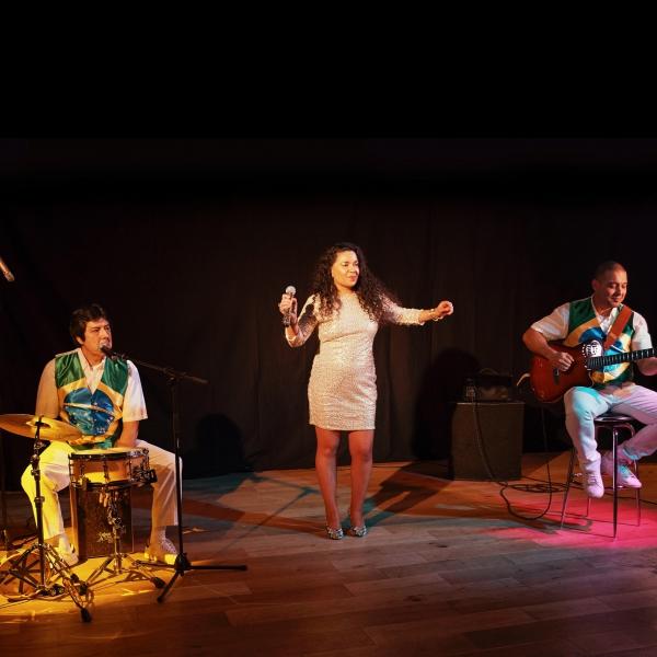 Thrill Rio | Bossa Nova & Smooth Latin Jazz Trio London | Alive Network