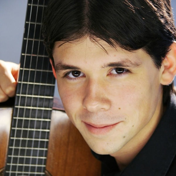 Tom Logan (Classical Guitarist) Classical Guitarist Hampshire