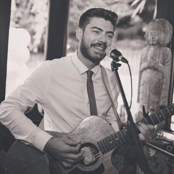 Tom Rolley Singer Guitarist West Yorkshire